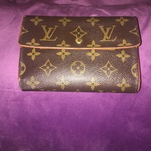 Louis Vuitton Clutch Continental Trifold Wallet